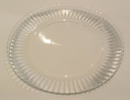 glass dinner plate with fluted rim