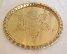 "18"" round brass tray"