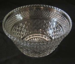 Bowl, 3 qt cut glass