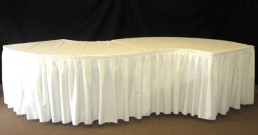 serpentine table linen