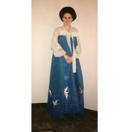 oriental lady blue