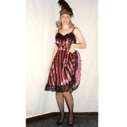 saloon girl black & pink
