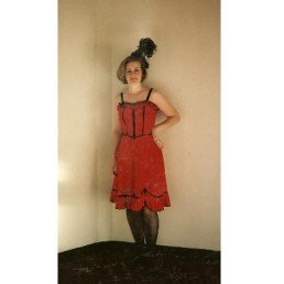 saloon girl red