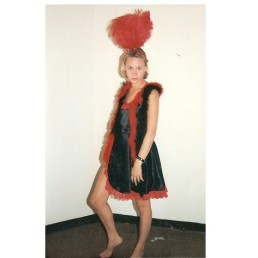 saloon girl short red & black