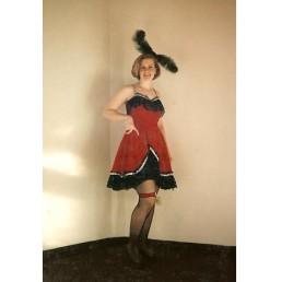 saloon girl velvet